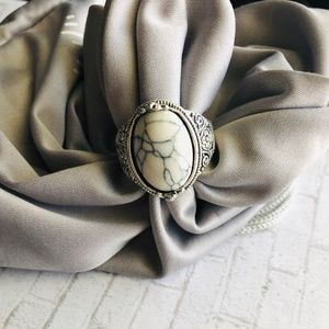 RING NEW RARE WHITE TURQUOISE& ANTIQUE S